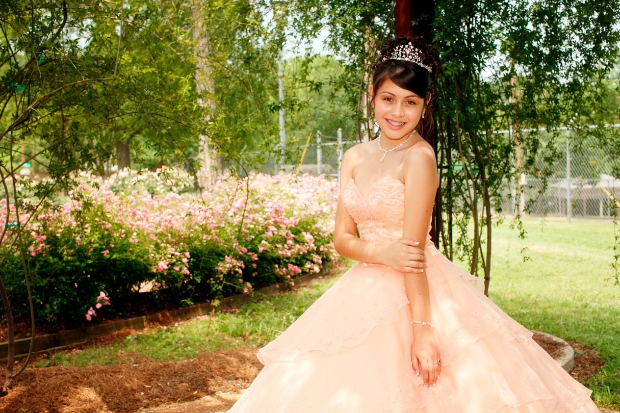 Quinceañera Tips to Blow Her Friends Out of the Water on coldstonesouthflorida.com